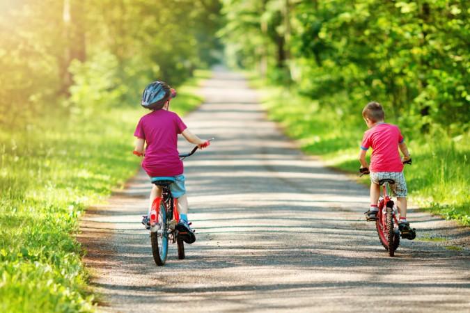 Der Radweg von Millingen nach Arnheim ist wegen der flachen Wege für Kinder ideal : sie genießen die Entdeckertour mit dem Fahrrad. (#3)
