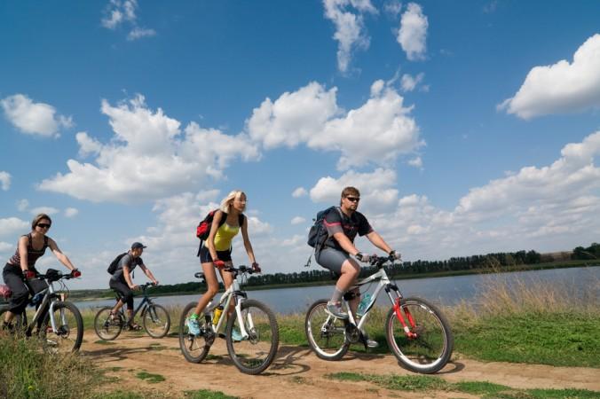 Ob alleine oder in der Gruppe, die Fahrt am Rhein oder an Deichen & Grachten vorbei ist wunderschön! (#4)