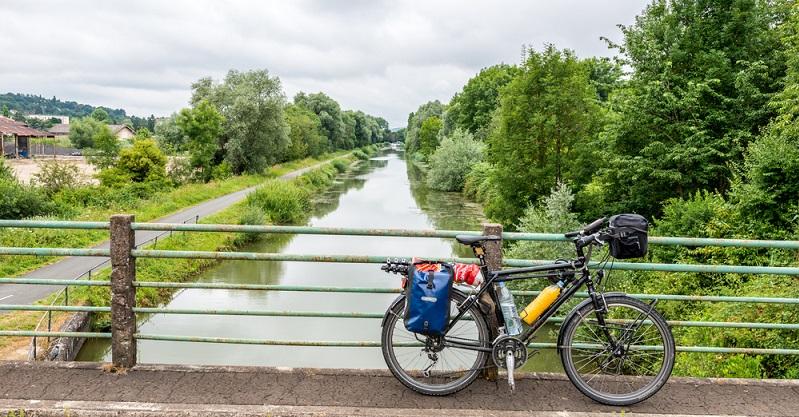 Das Kettler Speed 27 überzeugt gleich auf mehrere Arten und punktet sowohl in der Stadt als auch bei einem intensiven Einsatz als Tourenbike.