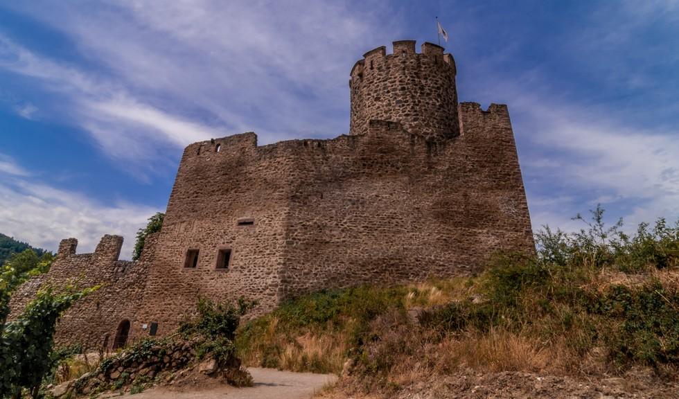 Die Burg Kaysersberg oberhalb des gleichnamigen Ortes im Elsaß. (#8)