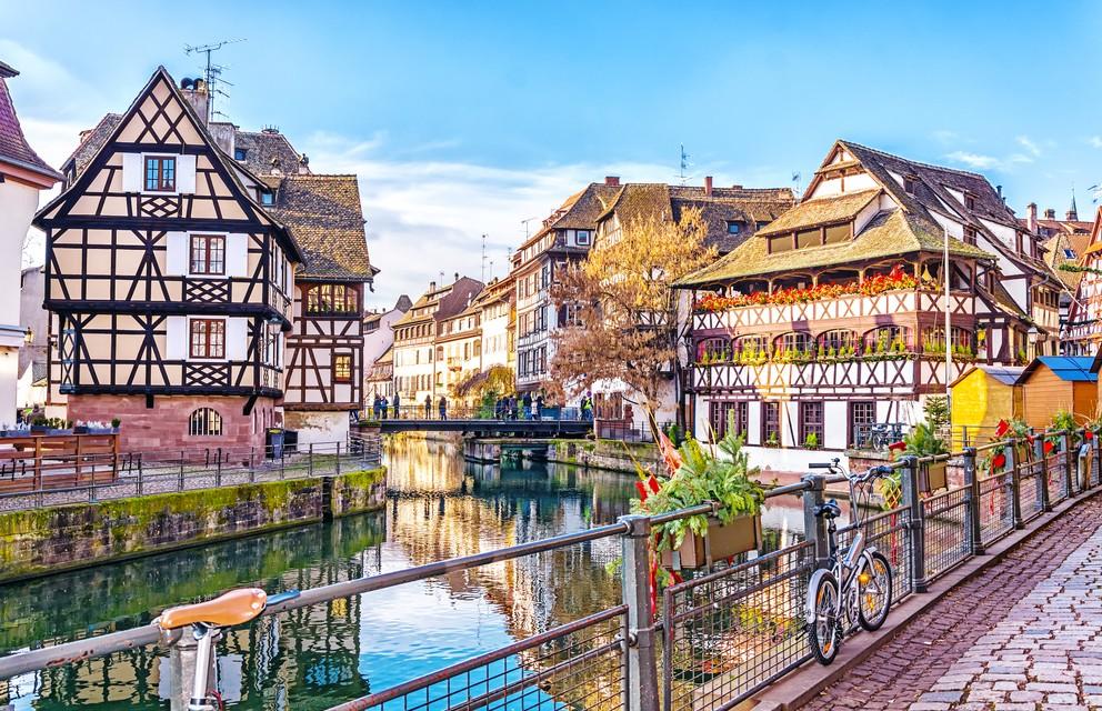 """Unsere Radwanderung Rhone-Basel beginnen wir im mittelalterlich anmutenden Stadtviertel """"Petite France"""" in Srasbourg. (#2)"""