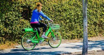 Fahrradfahren auf dem Gehweg