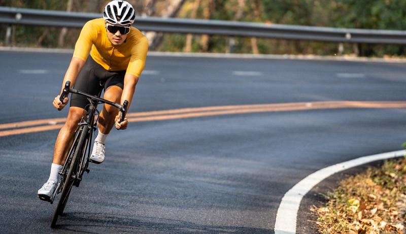 Das schwedische Unternehmen sieht den Airbag als Alternative zum Helm und macht damit den Weg frei für neuerliche Diskussionen rund um eine Helmpflicht für Fahrradfahrer.