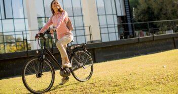 Kann man mit dem E-Bike abnehmen? Tipps und Tricks für Abnehmwillige ( Foto: Shutterstock- BGStock72)